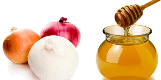 evitar-la-caida-del-cabello-con-jugo-de-cebolla-y-miel