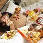 que no puede comer una embarazada